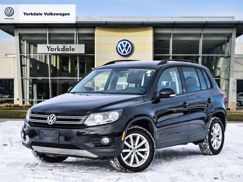 Certified Pre-Owned 2017 Volkswagen Tiguan Wolfsburg Edition 2.0T 6sp at w/Tip 4M