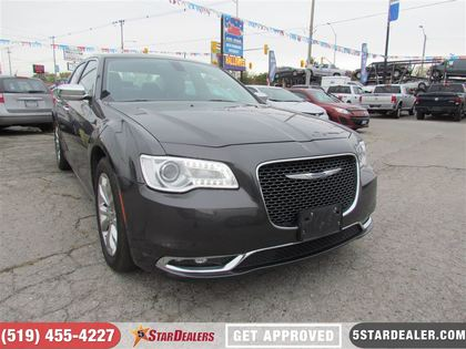 2016 Chrysler 300C
