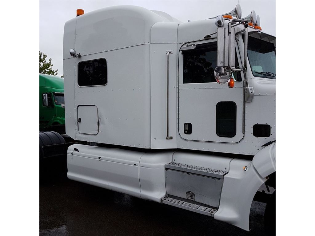 Clean truck well maintained<br/>CAT C15 475/1850