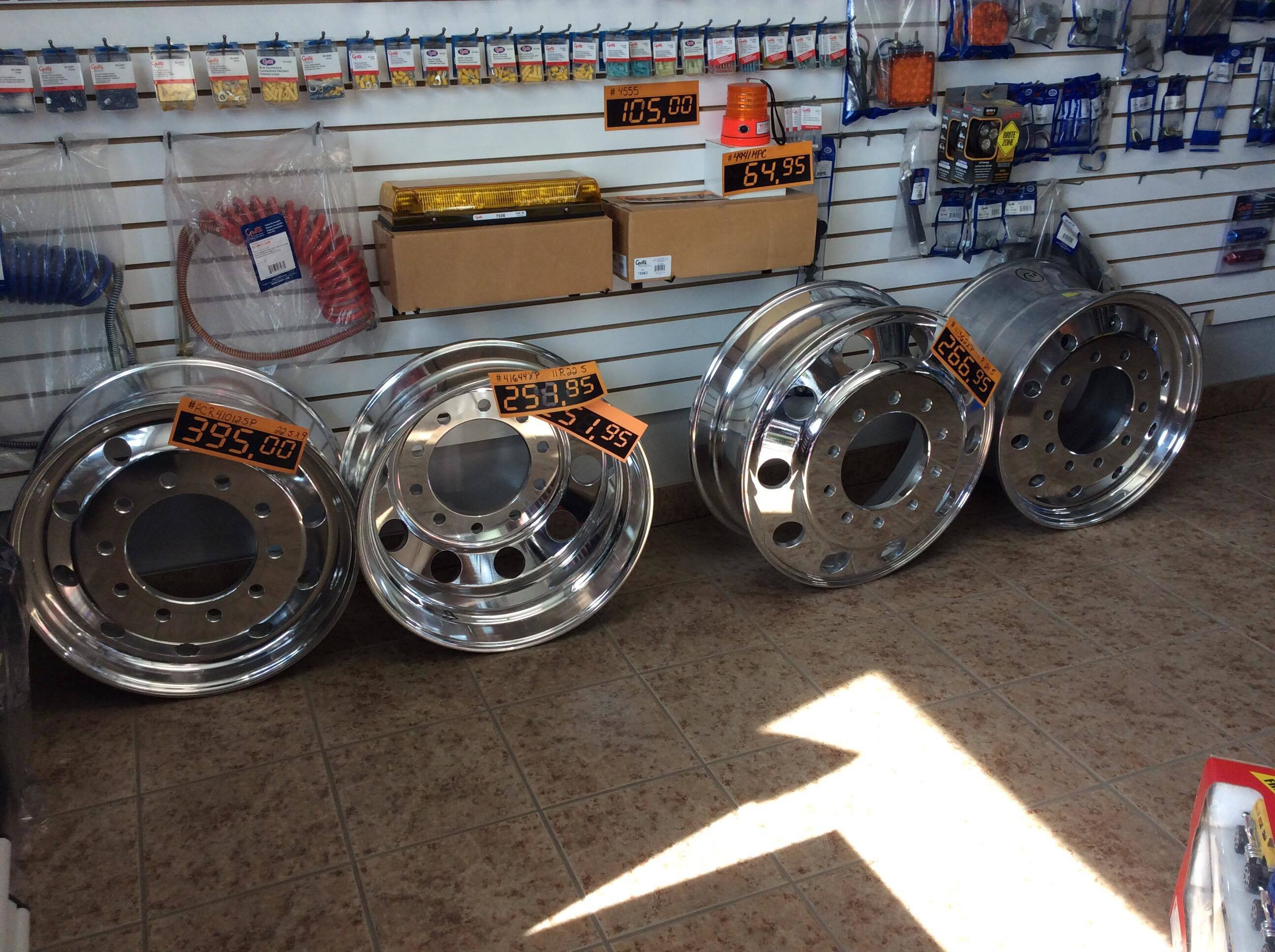 ROUES VOLVO. PETE, KENWORTH, WESTERN , STERLING