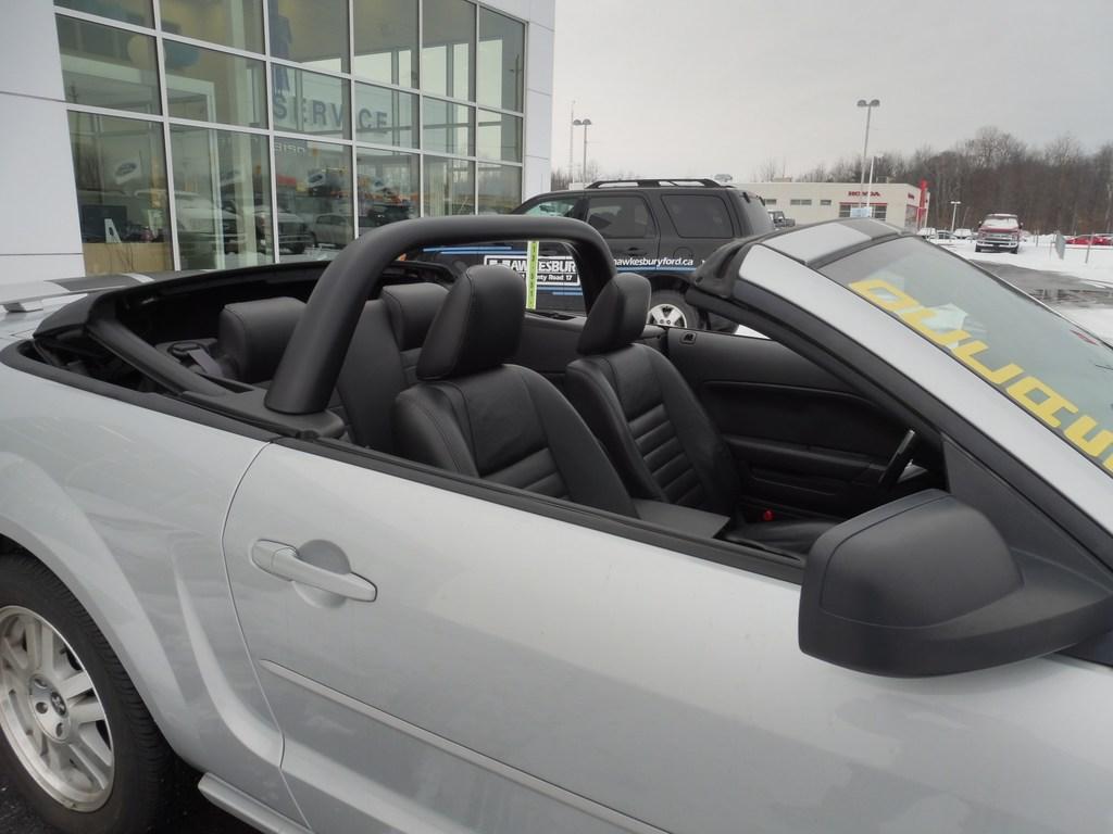 2007 Ford Mustang GT-Convertiblle Sold Vendu