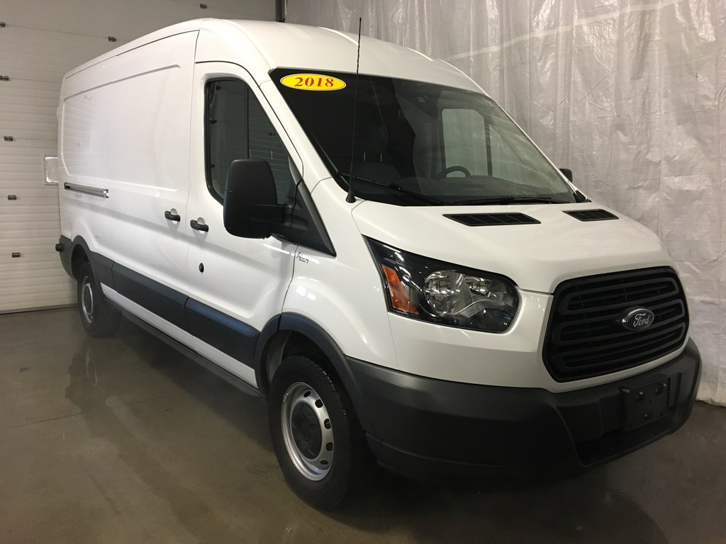 2018 Ford Transit 148 WB Medium Roof Sliding Pass.Side Cargo
