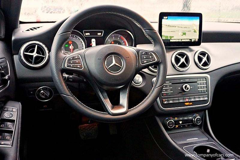 2017 Mercedes-Benz GLA-Class full