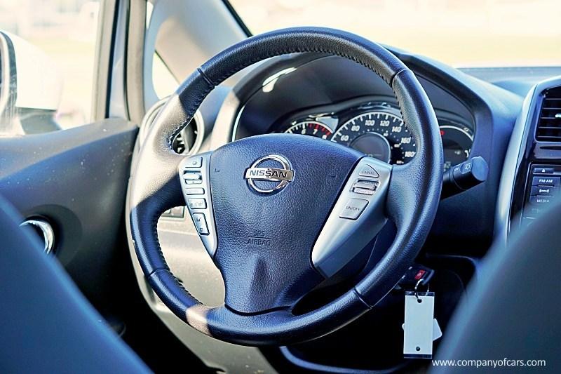 2017 Nissan Versa Note full