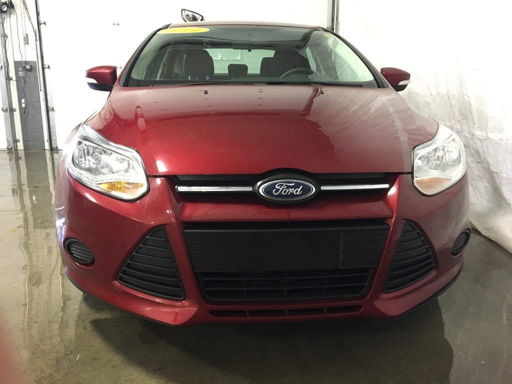 2014 Ford Focus Sedan SE Clean One Owner Local Trade