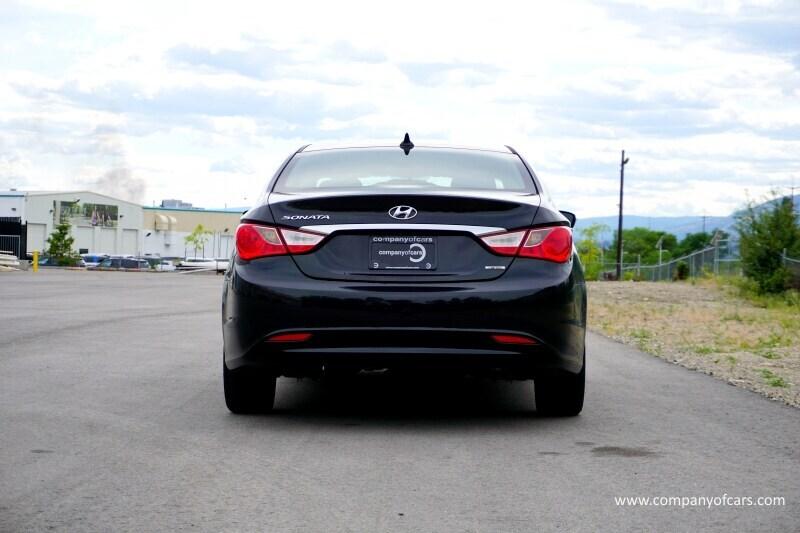 2011 Hyundai Sonata full