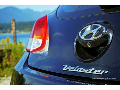 2012 Hyundai Veloster full