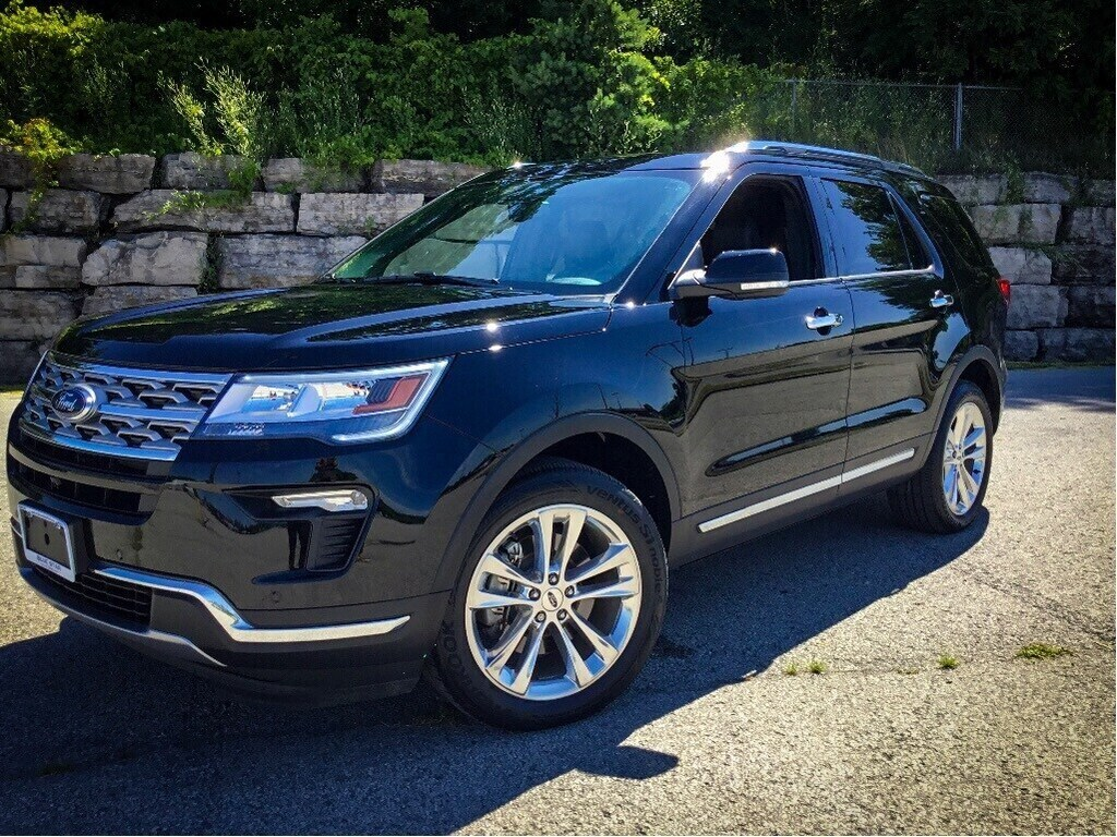 2018 Ford Explorer Limited   MOONROOF, 20 RIMS, LOW KM