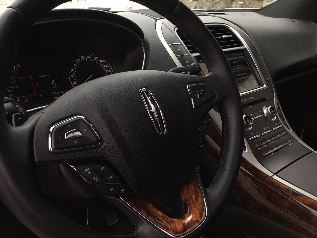 2018 Lincoln MKX Reserve   REDUCED
