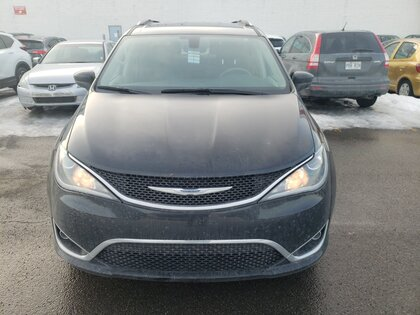 pre-owned Pacifica