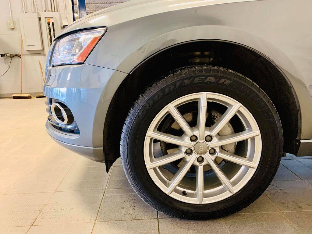 2017 Audi Q5 quattro 4dr 2.0T Technik