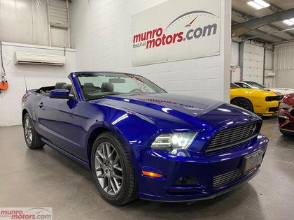 2014 Ford Mustang 2dr Conv V6 Premium Club of America Nav Heated Sts