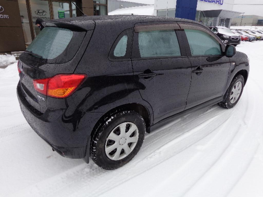 2013 Mitsubishi RVR 2WD 4dr Man SE