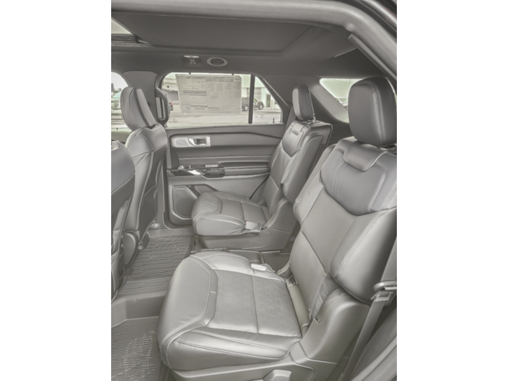 2021 Ford Explorer Platinum