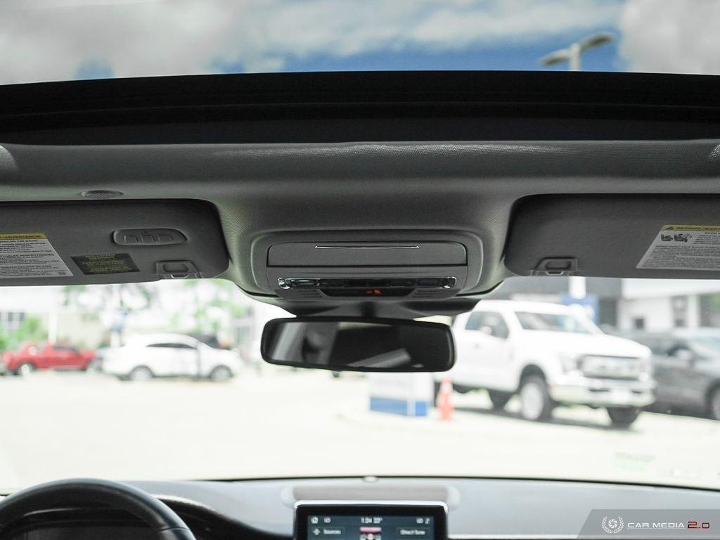 2020 Lincoln Corsair Panoramic Roof Revel Audio Navigation