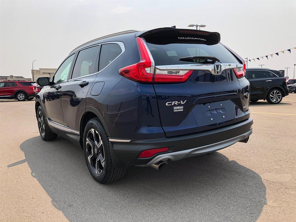 2017 Honda CR-V TOURING   1.5L I-4 TURBO   AWD   LANE KEEP   REAR