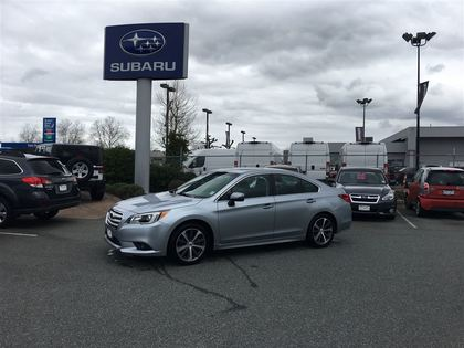 Auto 2017 Subaru Legacy 3 6r Limited With Optional Technology Package à Surrey