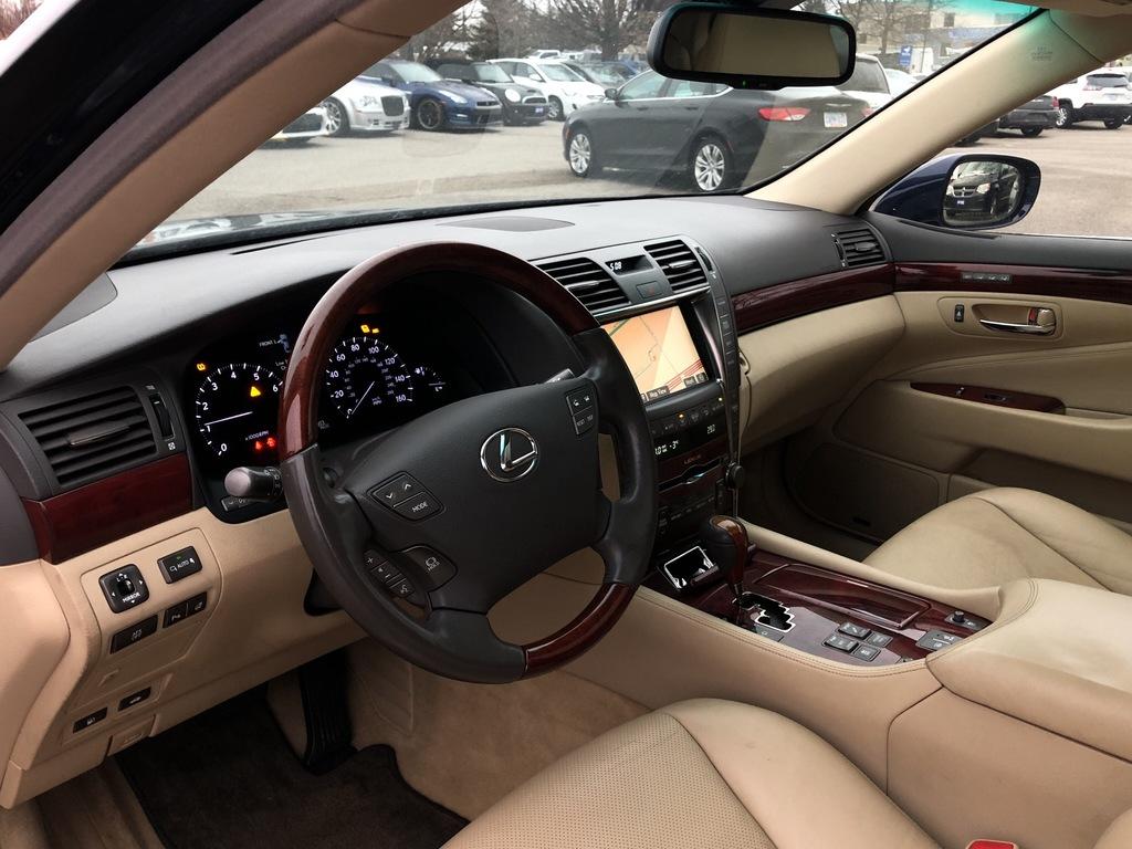 """""""Car - 2009 Lexus LS  in Scarborough, ON"""""""