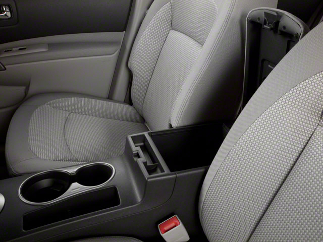 2013 Nissan Rogue Price, Trims, Options, Specs, Photos