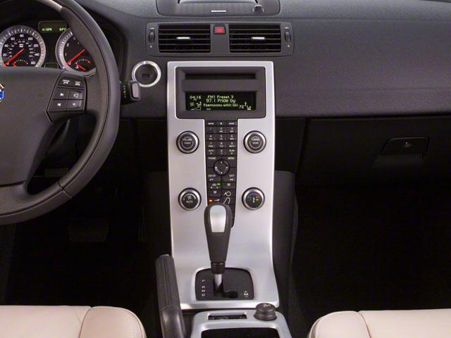 2013 Volvo C70 Price, Trims, Options, Specs, Photos, Reviews