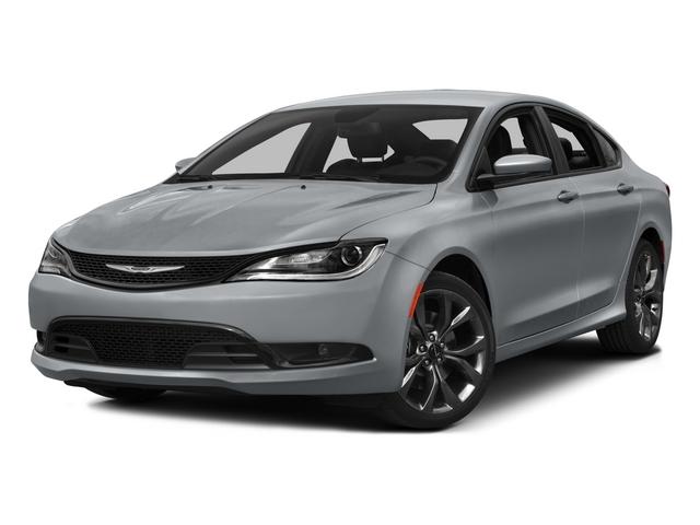 2017 Chrysler 200 Price Trims Options Specs Photos Reviews Autotrader Ca
