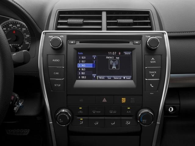 2017 Toyota Camry Price Trims Options Specs Photos Reviews Autotrader Ca