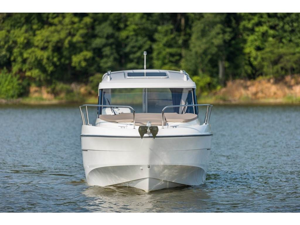 2020 Beneteau boat for sale, model of the boat is Antares 21 O/b & Image # 2 of 9