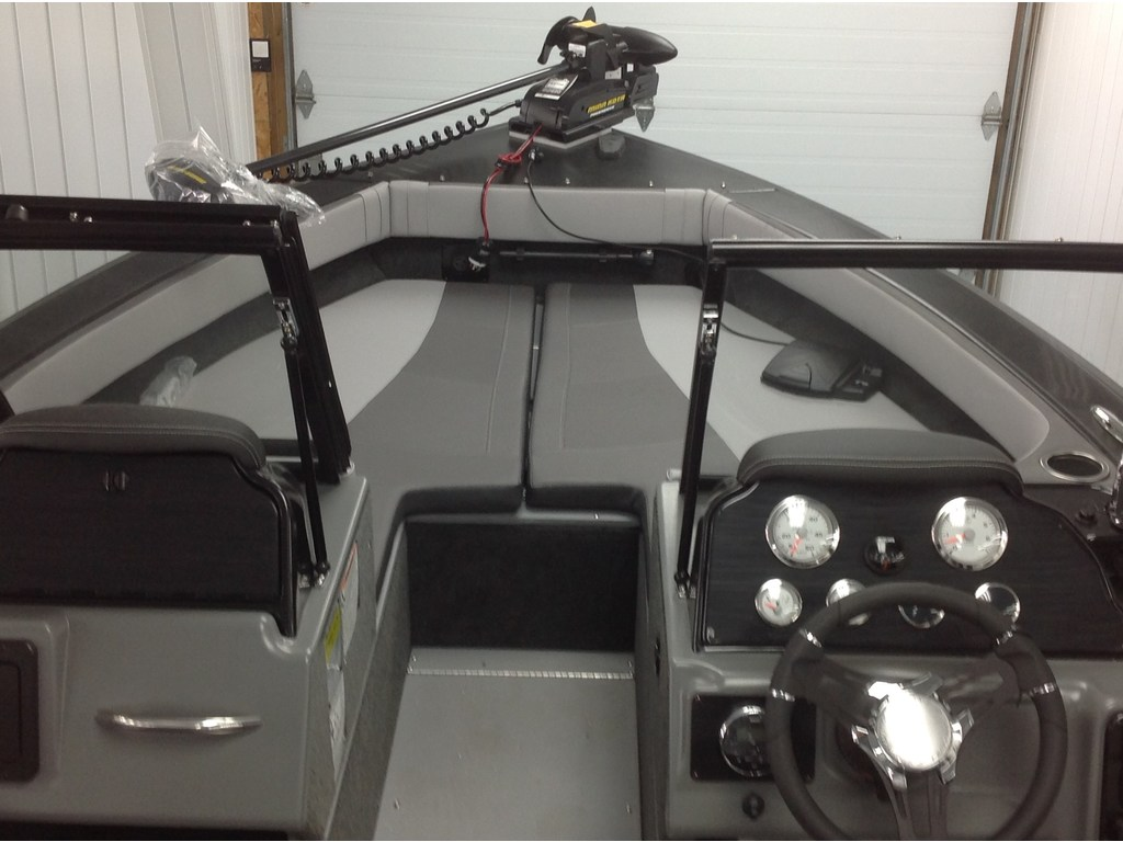 2018 Starcraft boat for sale, model of the boat is Titan 186 Dc & Image # 8 of 13