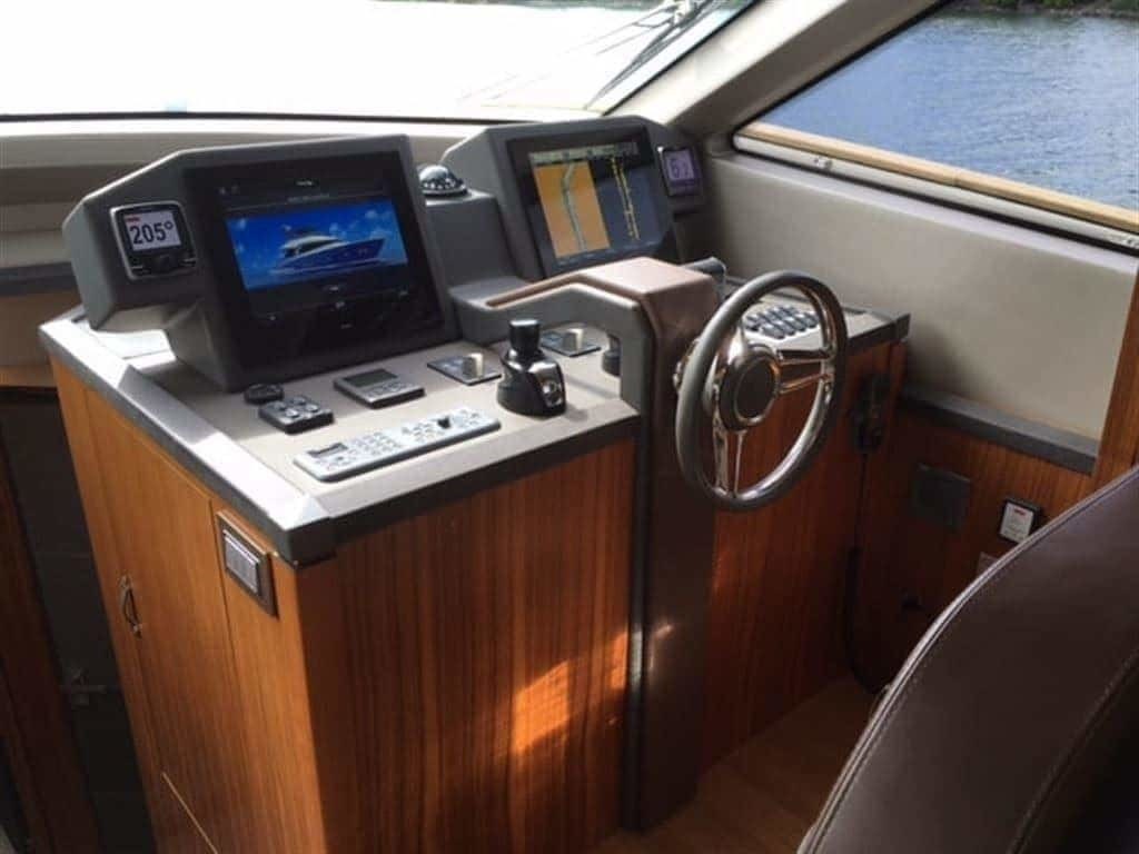 2014 Monte Carlo Yachts boat for sale, model of the boat is *65 Mcy65 & Image # 15 of 28