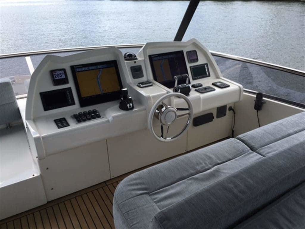 2014 Monte Carlo Yachts boat for sale, model of the boat is *65 Mcy65 & Image # 25 of 28