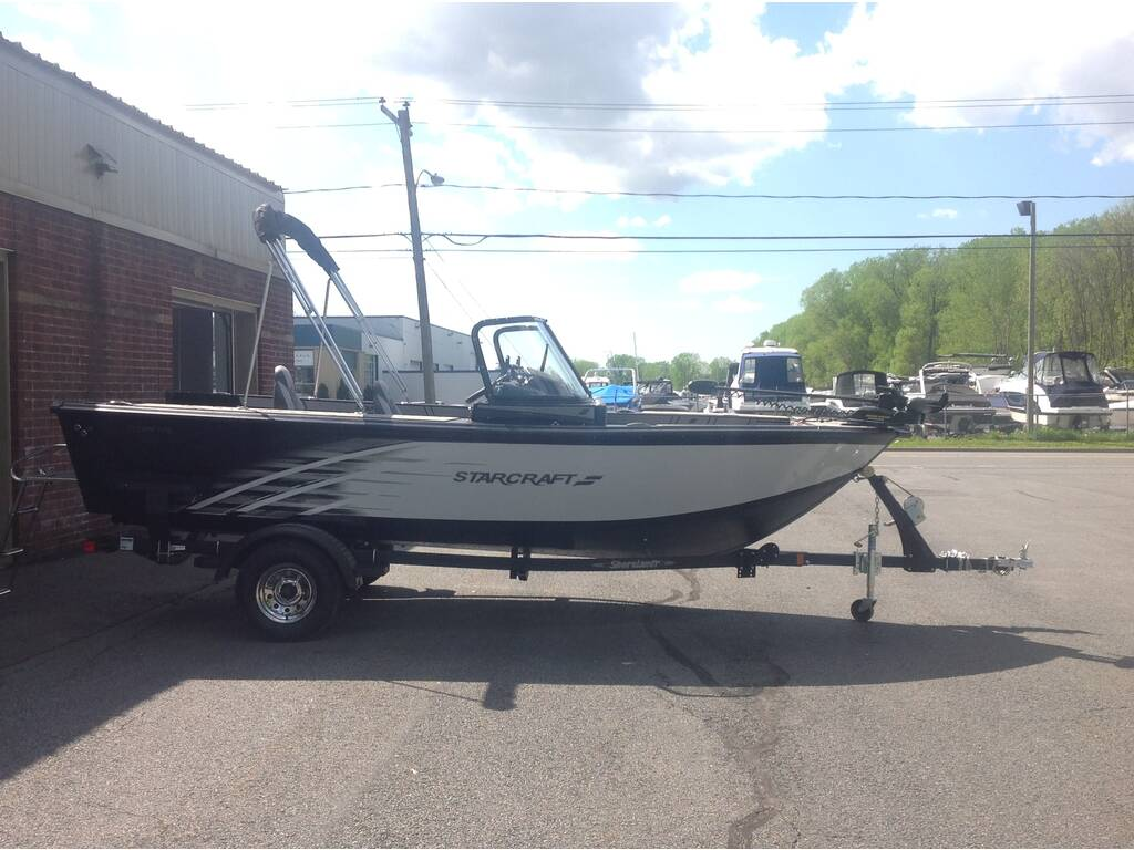 2019 Starcraft boat for sale, model of the boat is Titan & Image # 2 of 10