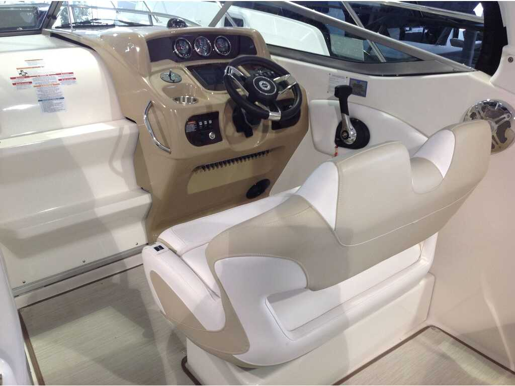 2019 Chaparral boat for sale, model of the boat is 270 Signature & Image # 3 of 24