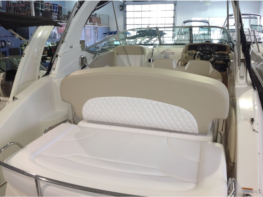 2019 Chaparral boat for sale, model of the boat is 270 Signature & Image # 10 of 24