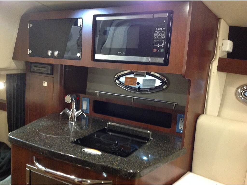 2019 Chaparral boat for sale, model of the boat is 270 Signature & Image # 7 of 24