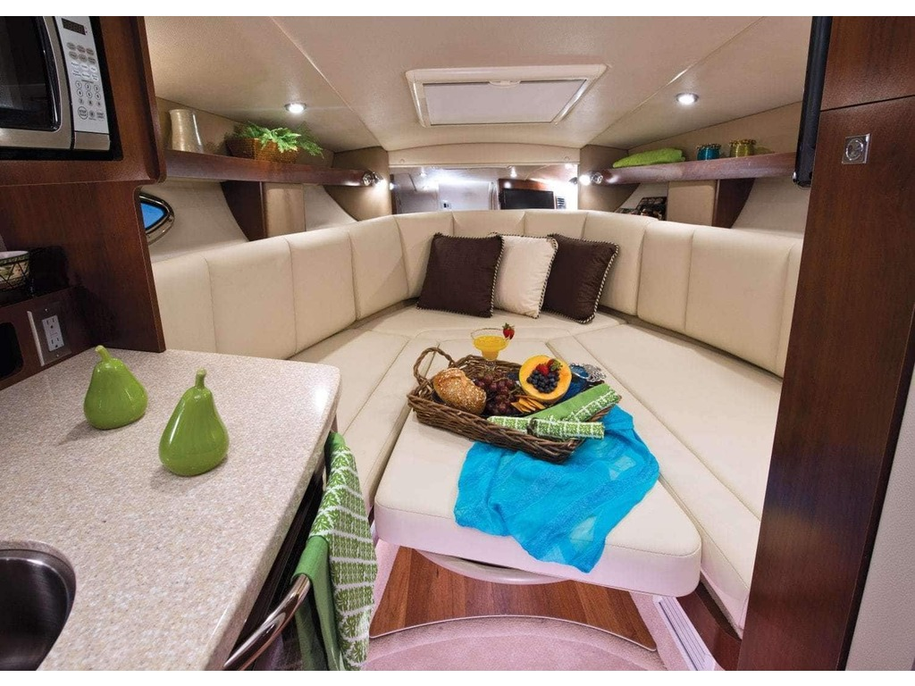 2019 Chaparral boat for sale, model of the boat is 270 Signature & Image # 20 of 24