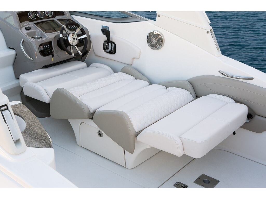 2019 Chaparral boat for sale, model of the boat is 270 Signature & Image # 17 of 24
