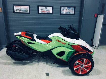 2015 Can-Am Spyder RS-S SE5 –
