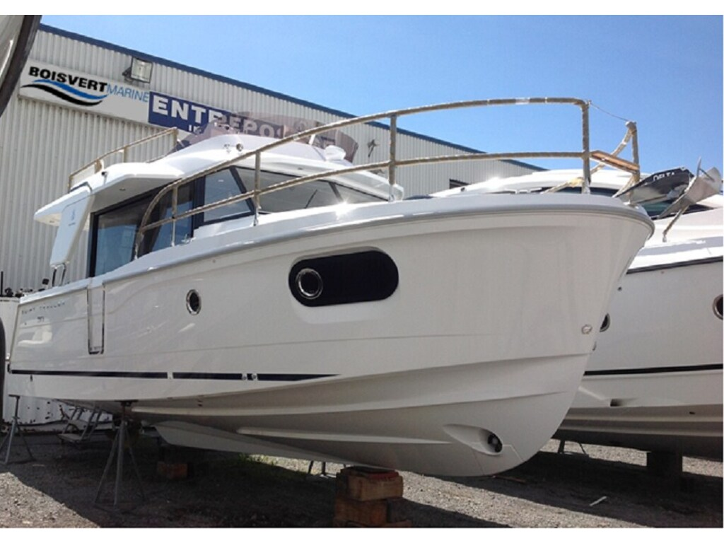 2019 Beneteau boat for sale, model of the boat is Swift Trawler 30 & Image # 3 of 28