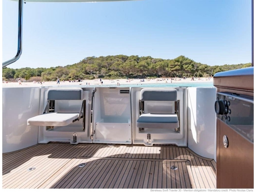 2019 Beneteau boat for sale, model of the boat is Swift Trawler 30 & Image # 8 of 32