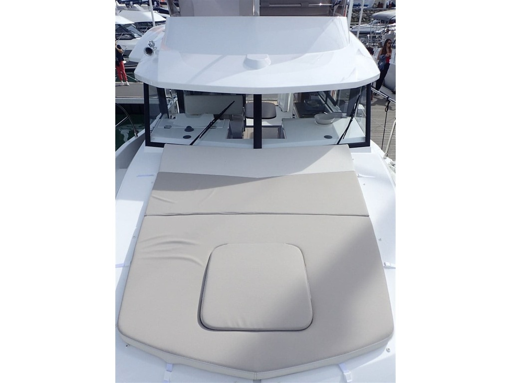 2019 Beneteau boat for sale, model of the boat is Swift Trawler 30 & Image # 6 of 32