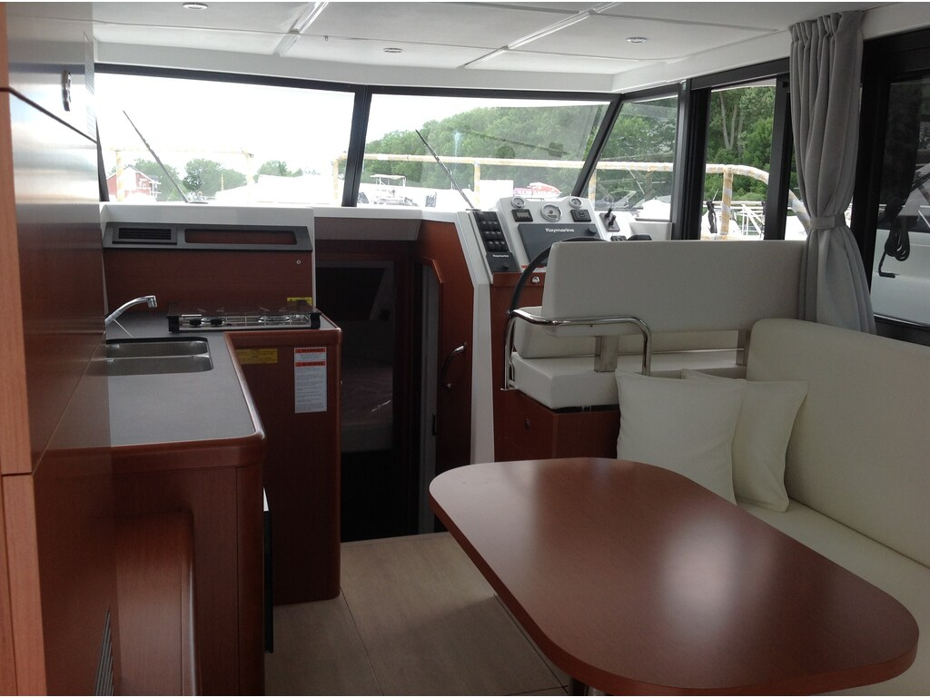 2019 Beneteau boat for sale, model of the boat is Swift Trawler 30 & Image # 14 of 28