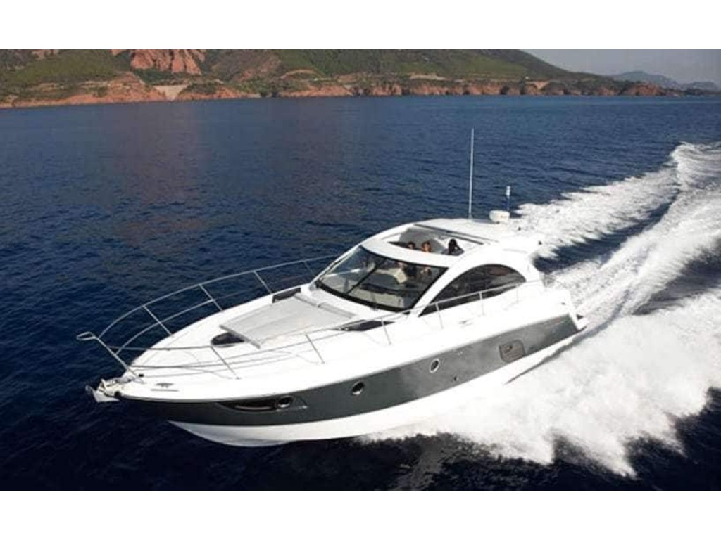 2013 Beneteau boat for sale, model of the boat is Gran Turismo 44 & Image # 3 of 24