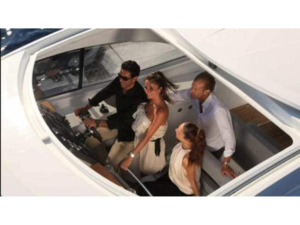 2013 Beneteau boat for sale, model of the boat is Gran Turismo 44 & Image # 4 of 24