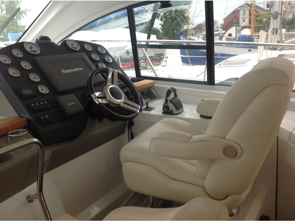 2013 Beneteau boat for sale, model of the boat is Gran Turismo 44 & Image # 8 of 25