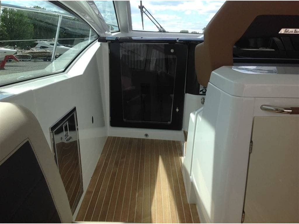 2019 Beneteau boat for sale, model of the boat is Gran Turismo 46 & Image # 8 of 31