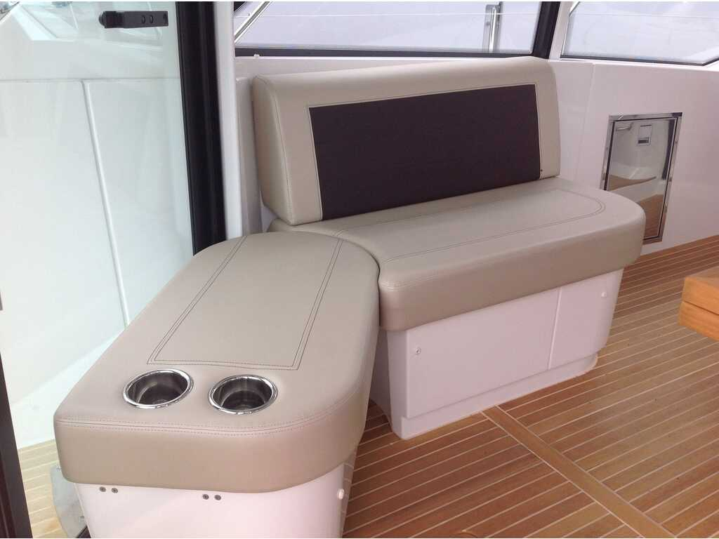 2019 Beneteau boat for sale, model of the boat is Gran Turismo 46 & Image # 9 of 31