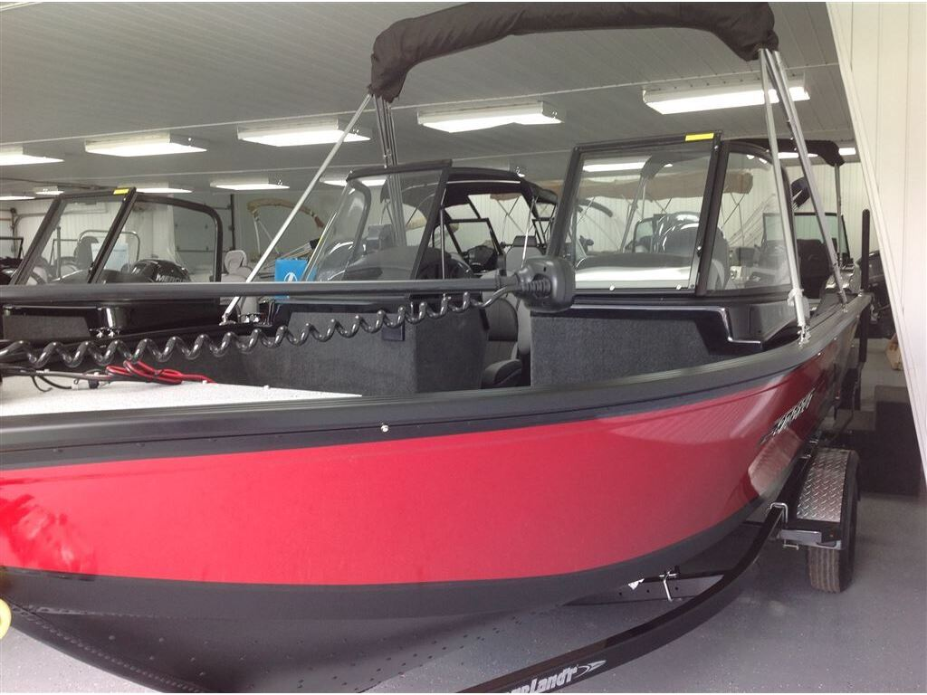 2018 Starcraft boat for sale, model of the boat is Renegade 178dc  & Image # 3 of 10