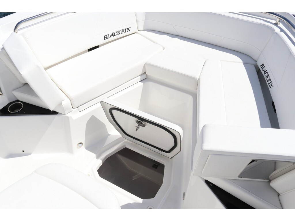 2020 Blackfin boat for sale, model of the boat is 242cc & Image # 27 of 30