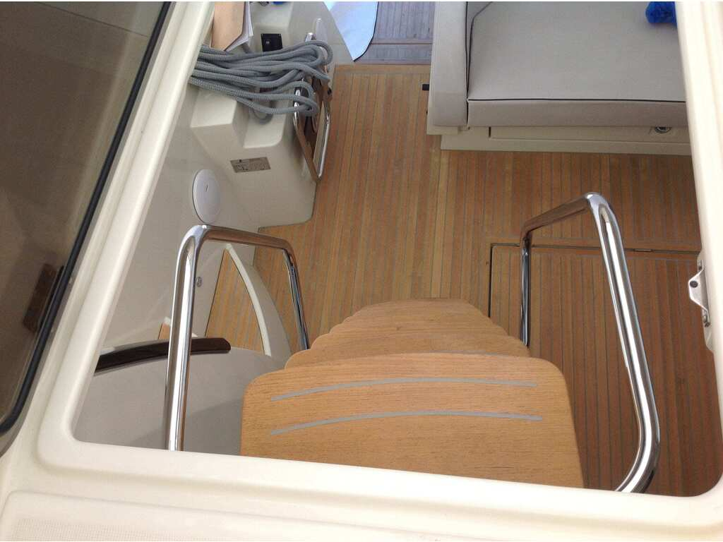 2015 Beneteau boat for sale, model of the boat is Monte Carlo 4 & Image # 10 of 27