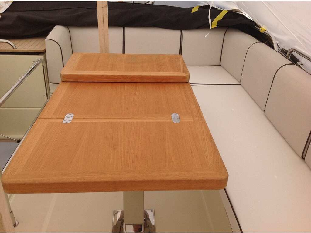 2015 Beneteau boat for sale, model of the boat is Monte Carlo 4 & Image # 9 of 27